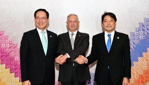 韩美日防长商定采取必要措施应对朝核挑衅