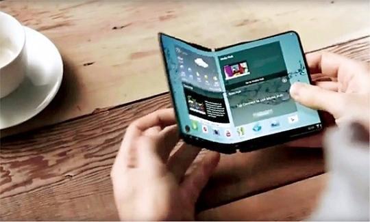 折叠屏手机时代将来临 各厂商加快研发速度占领新大陆