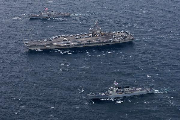 美军3个航母战团同时集结在西太平洋?