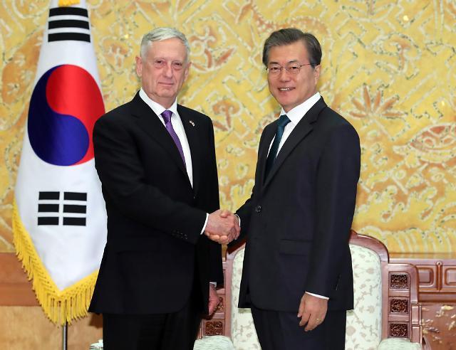 韩总统会见美防长:美战略武器威慑朝鲜