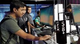 .三星手机印度市场冠军地位不保 与中国小米仅差1%.