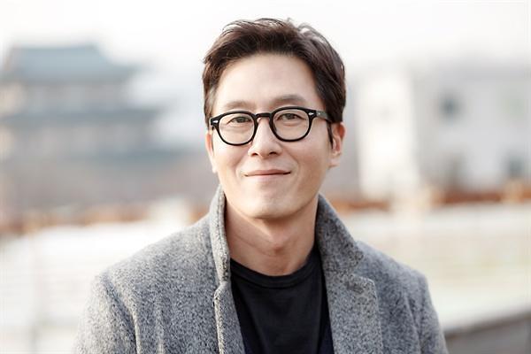 韩国艺人金柱赫因交通事故死亡