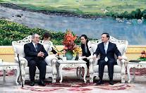 [영상중국] 中 외교사령탑 양제츠와 만난 이수성 前총리