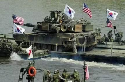 韩美海军陆战队联合实施空地火力支援演习
