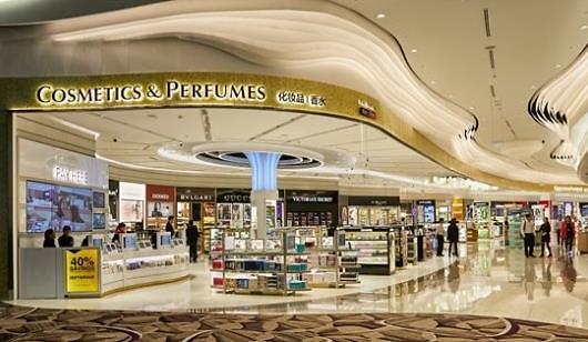新罗免税店在新加坡樟宜机场开张迎客 加快进军国外市场步伐