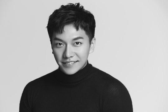 """李昇基确定出席""""2017AAA""""颁奖典礼"""
