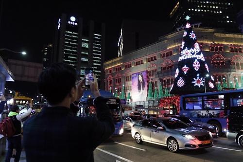 新世界百货面向中国游客销售回升 加大对中国游客营销力度