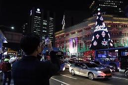 .新世界百货面向中国游客销售回升 加大对中国游客营销力度.