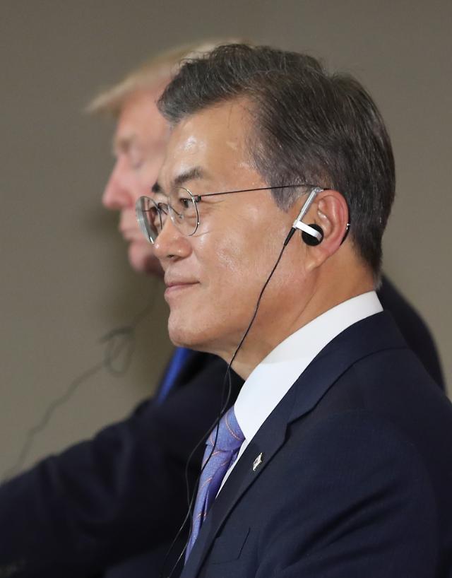 <快讯>文在寅承诺将在任内遍访东盟10国