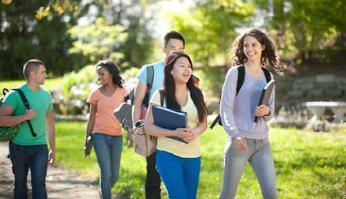 在外韩国留学生逐年减少 美国和中国仍是首选