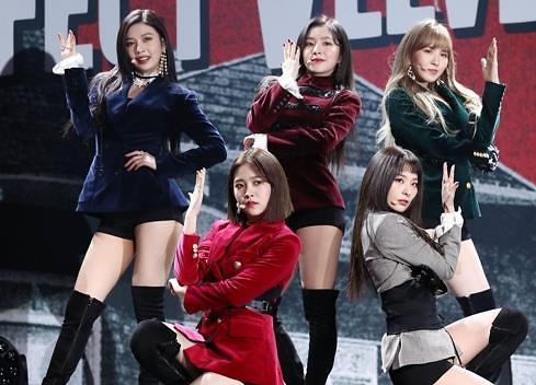 Red Velvet携正规2辑《Perfect Velvet》回归