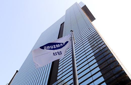 今年全球半导体设备投资或达908亿美元 韩国三星电子居首