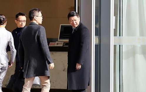 习近平特使离京赴朝 朝驻华大使到机场送行