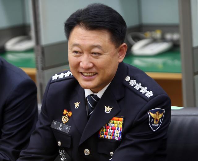 청와대, 이철성 경찰청장 정년 내년 6월…특별한 인사요인 없어