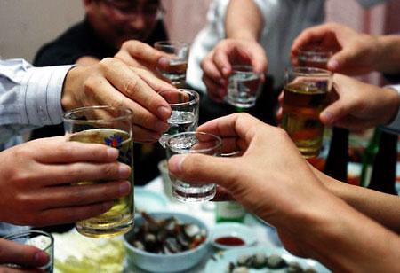 调查:韩逾五成上班族视聚餐为负担