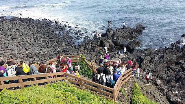 济州整治低价团 坐等游客重返