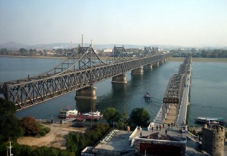 鸭绿江大桥临时封闭10日 或为中方对朝施压措施