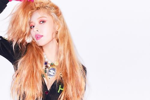 泫雅在中国人气旺!新曲《Lip & Hip》在QQ音乐排行榜夺冠