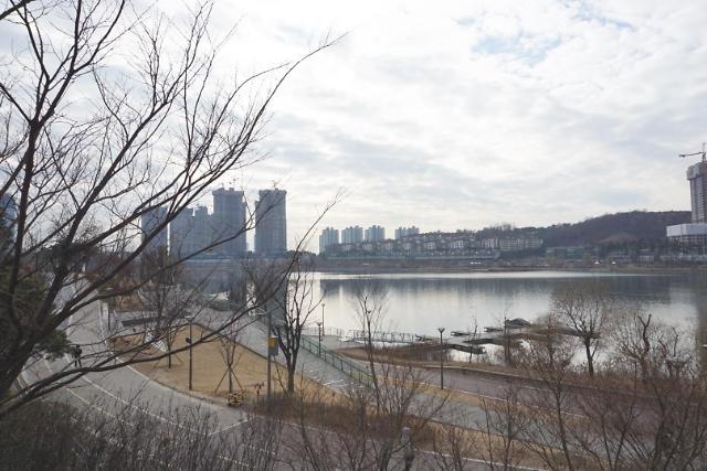 """[AJU VIDEO]""""亲近自然的休息空间""""——水原光教湖水公园"""