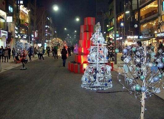 韩国人不愿再把圣诞当节过:挺累的