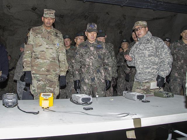 韩美两军联合演练销毁大规模杀伤性武器