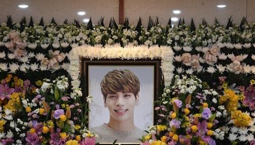 韩国警方确认钟铉为自杀身亡