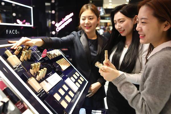 今年因萨德受重创的韩化妆品业 明年会柳暗花明吗?