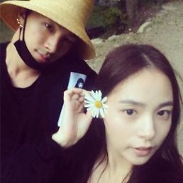 .太阳♥闵孝琳婚礼定于2月3日举行 暂无蜜月旅行计划.