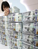 원·달러 환율 1070원선 회복…아시아 통화 가치 하락 영향