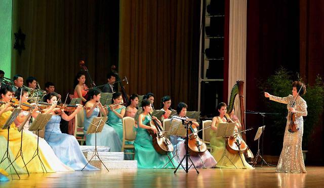 要去韩国演出的朝鲜三池渊乐团是什么样的?