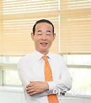 [CEO UP] 정상수 파마리서치 대표, '통큰 M&A' 피부미용시장 주름잡은 분
