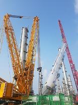 한화토탈, 99m 높이 초대형 '빅타워' 설치 완료
