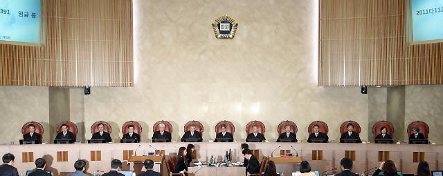 [법과 정치] 휴일근로 중복할증 쟁점① 기업 부담 7조8백억 vs 5조