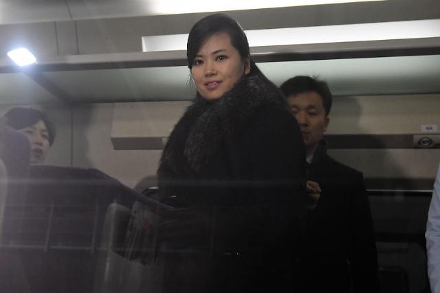 朝鲜艺术团先遣队从江陵赴首尔考察