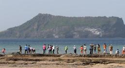 .中国修学旅行团本月访问济州岛 系萨德爆发后首次.