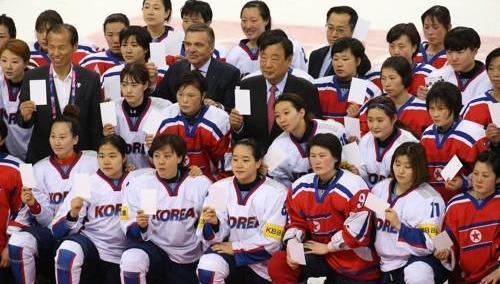 朝鲜冰球女队25日赴韩组联队备奥