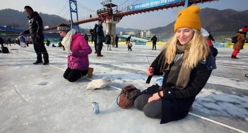 韩华川鳟鱼节接待外国游客数连续两年超十万