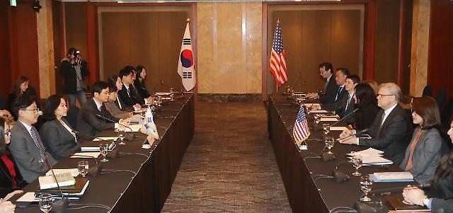 韩美FTA第二轮正式协商在首尔乐天酒店举行