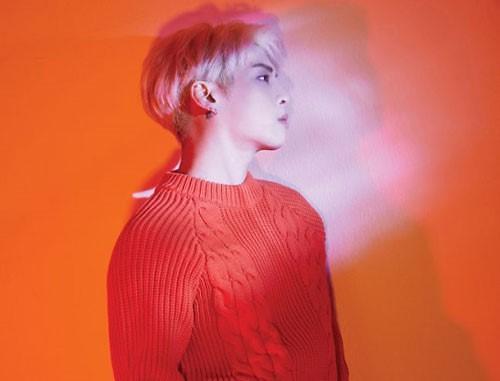 "钟铉新专辑首次进入美国""Billboard200"""