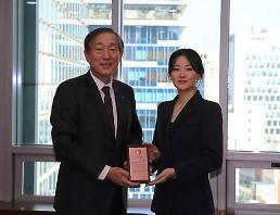 .李英爱向延世大学医院低调捐款1亿韩元.