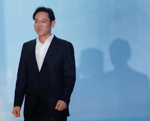 三星少主李在镕当庭释放 二审被判缓刑4年