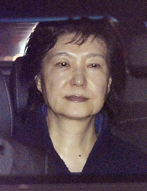 因为拍下朴槿惠这张照片 韩国记者获了大奖