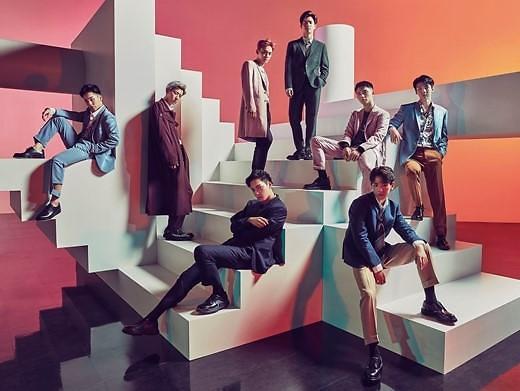 EXO首张日本专辑摘得公信榜周冠军
