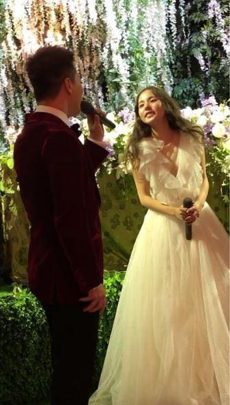这就是爱的告白 太阳婚礼仪式上为闵孝琳演唱《眼鼻嘴》