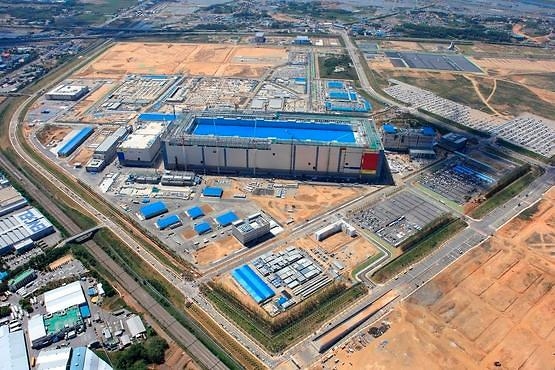 韩半导体面板业未来6年将投资80万亿韩元 刺激经济创造就业
