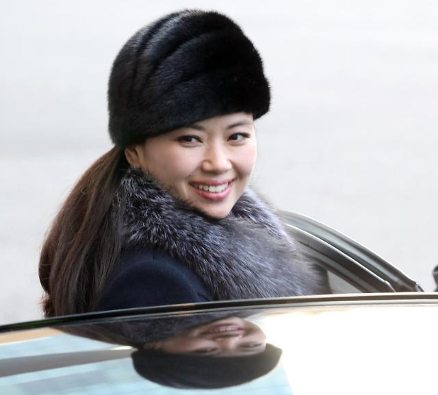 朝鲜庆冬奥艺术团由陆路返回