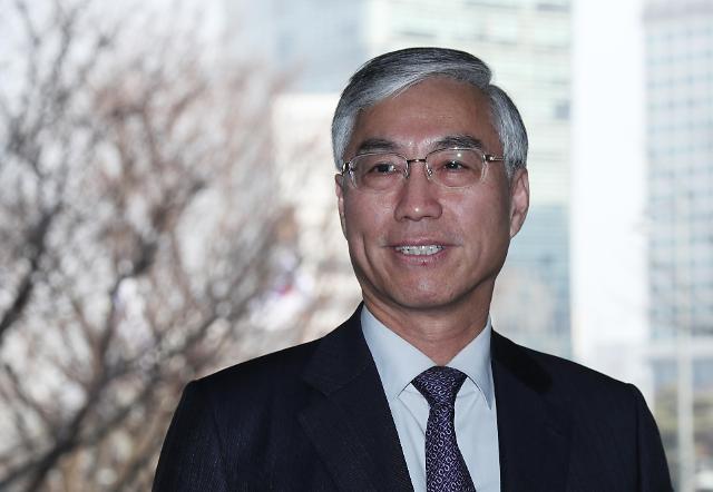 中国驻韩大使邱国洪与统一部次官千海成会晤