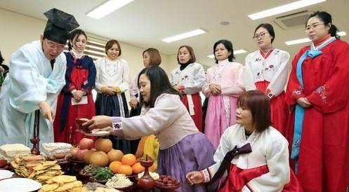 逾15万外国人与韩国人结婚 中国媳妇或女婿最多