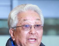 장웅 北 IOC 위원, 평창올림픽 폐회 1주일 앞두고 조기 출국…'건강상 이유'