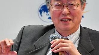 굿바이 미스터 런민비'…저우샤오촨 3월 양회서 물러난다